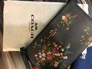 coach wristlet wallet purse bottega lv chanel authentic christmas