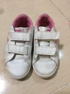🚚 Puma女童鞋