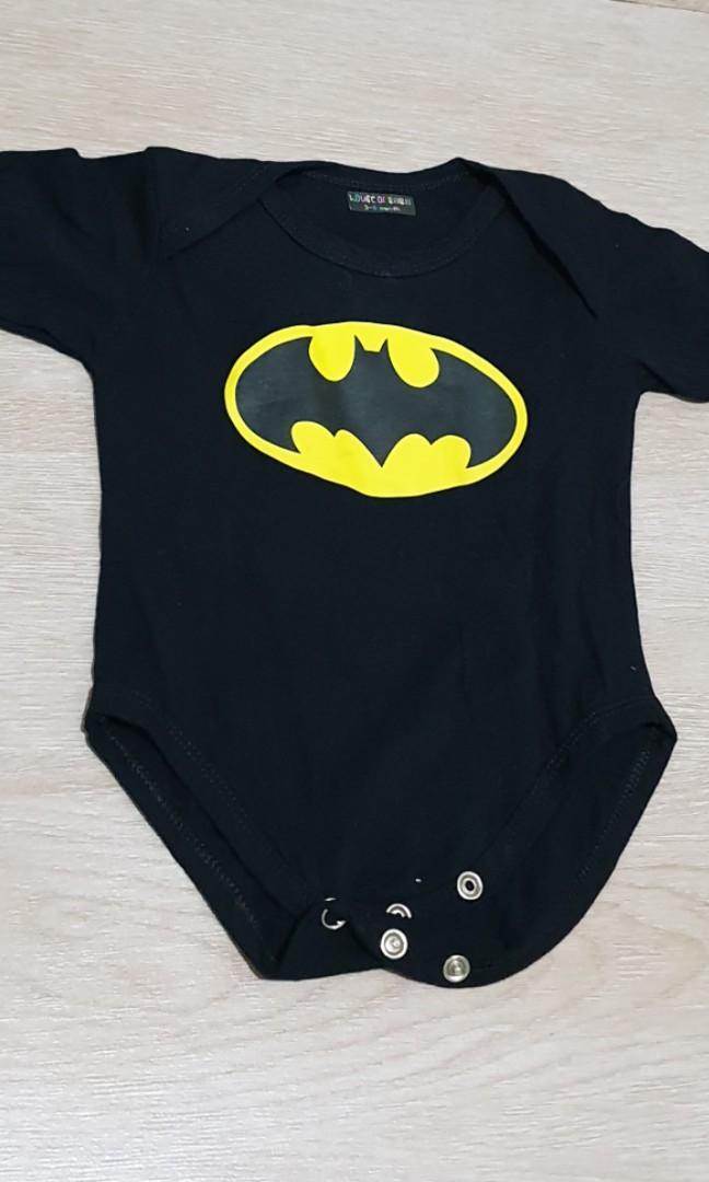 Batman collection onesie 3-6m