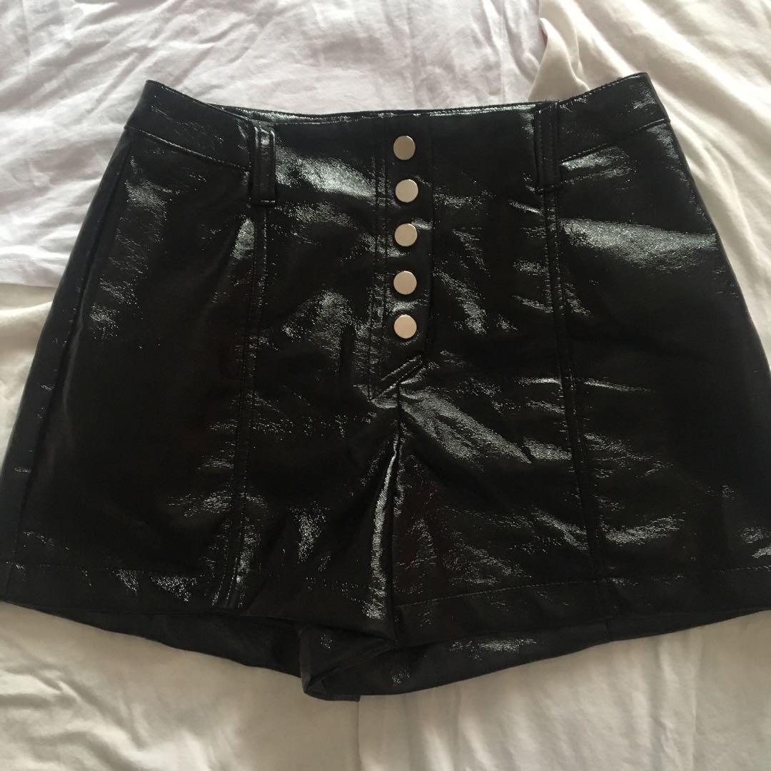 fa66f34d64b4 🍥Bershka leather shorts🍥, Women's Fashion, Clothes, Pants, Jeans ...