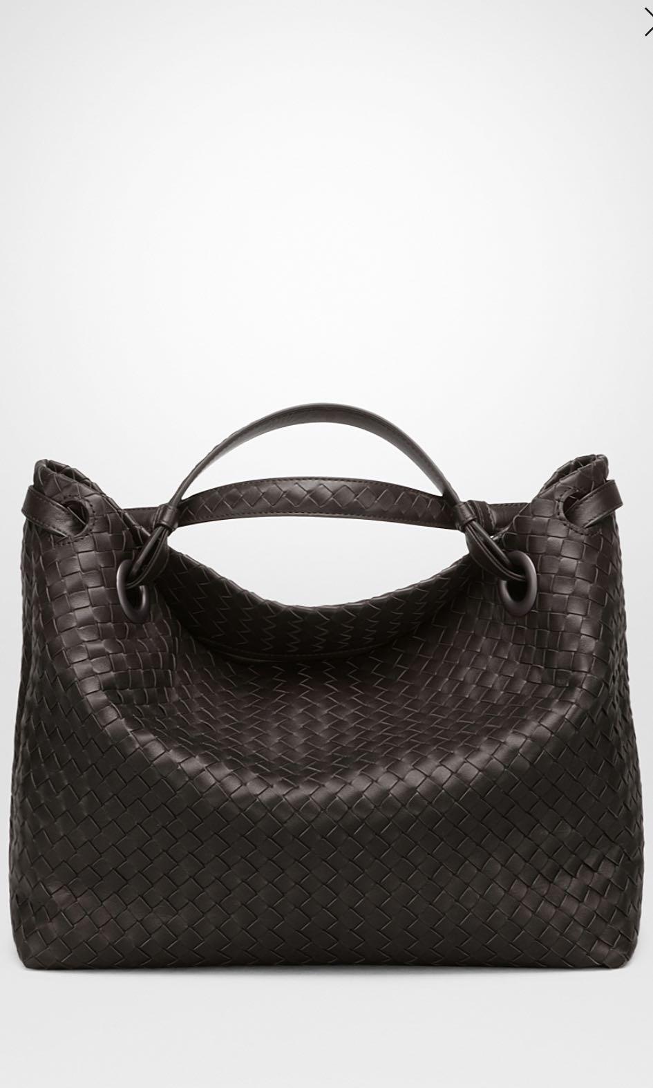 Bottega Veneta Expresso Intrecciato Nappa Medium Garda Bag aaab9e9330c92