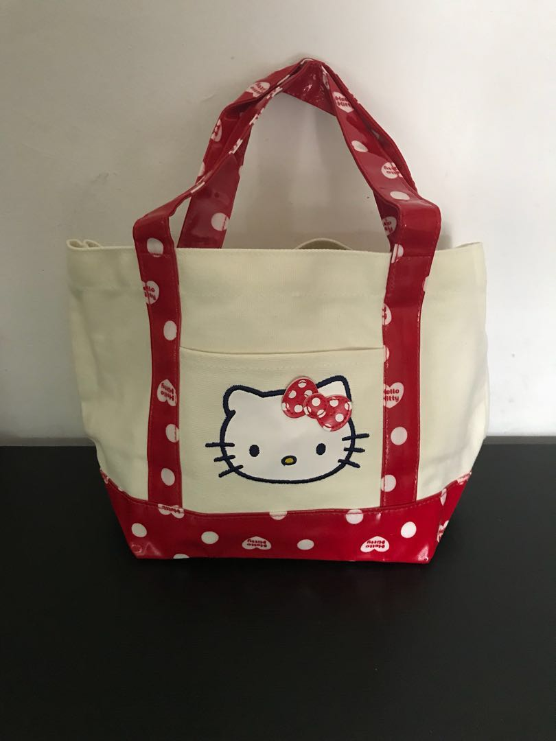 2284ebb634ef Brand New Authentic Sanrio Hello Kitty Lunch Tote