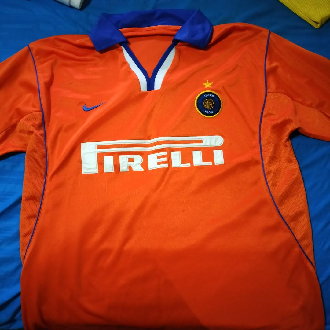 low cost f99b1 20e23 Inter Milan Vintage Football Jersey, Men's Fashion, Clothes ...