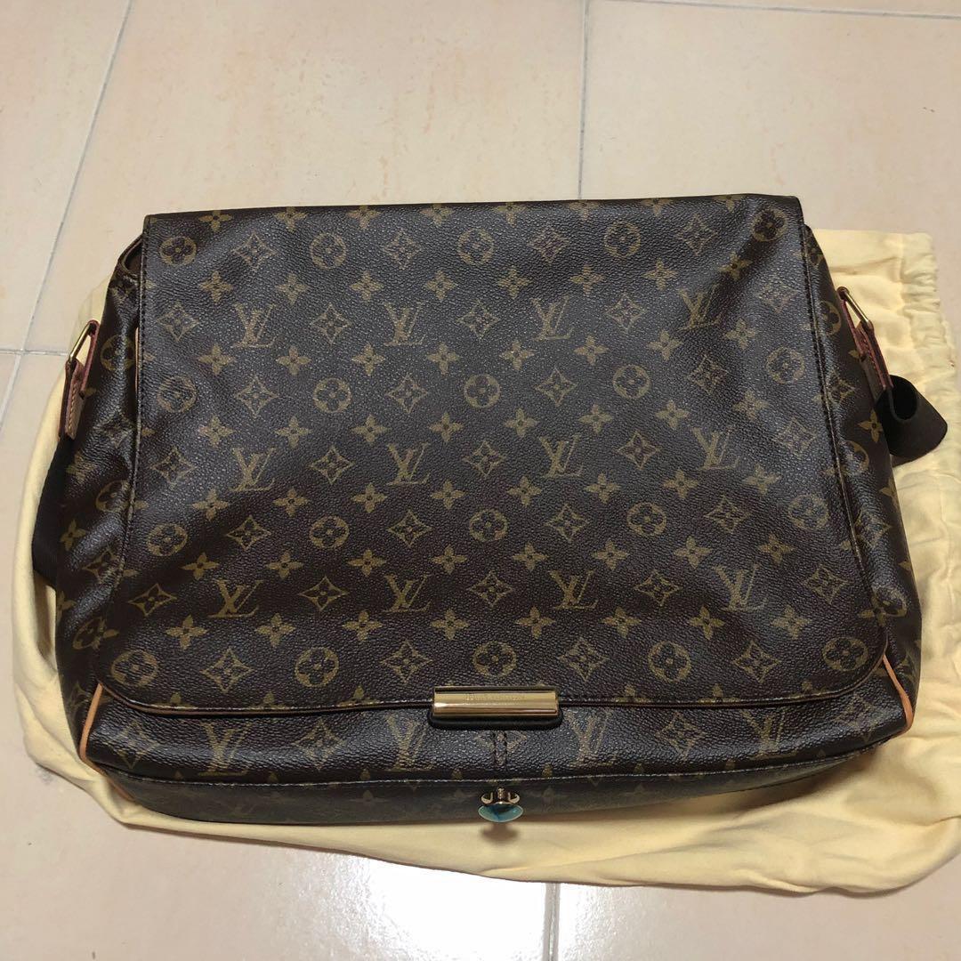 cd752271011 Louis Vuitton monogram Abbesses messenger bag, Luxury, Bags ...