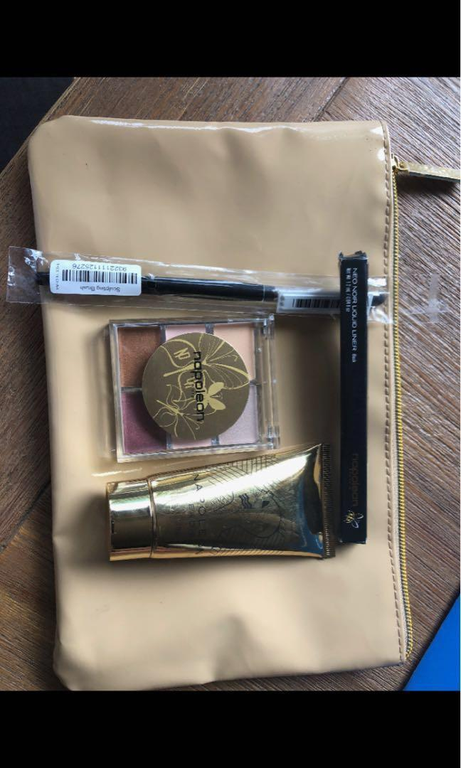 NEW NOPOLEON MAKE UP SET