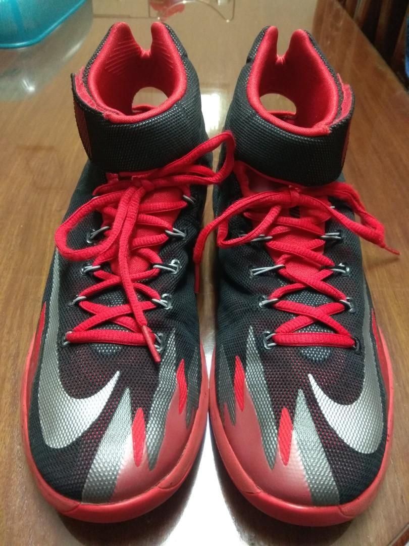 a612f82cb8c4 Nike Zoom HyperRev Kyrie Irving