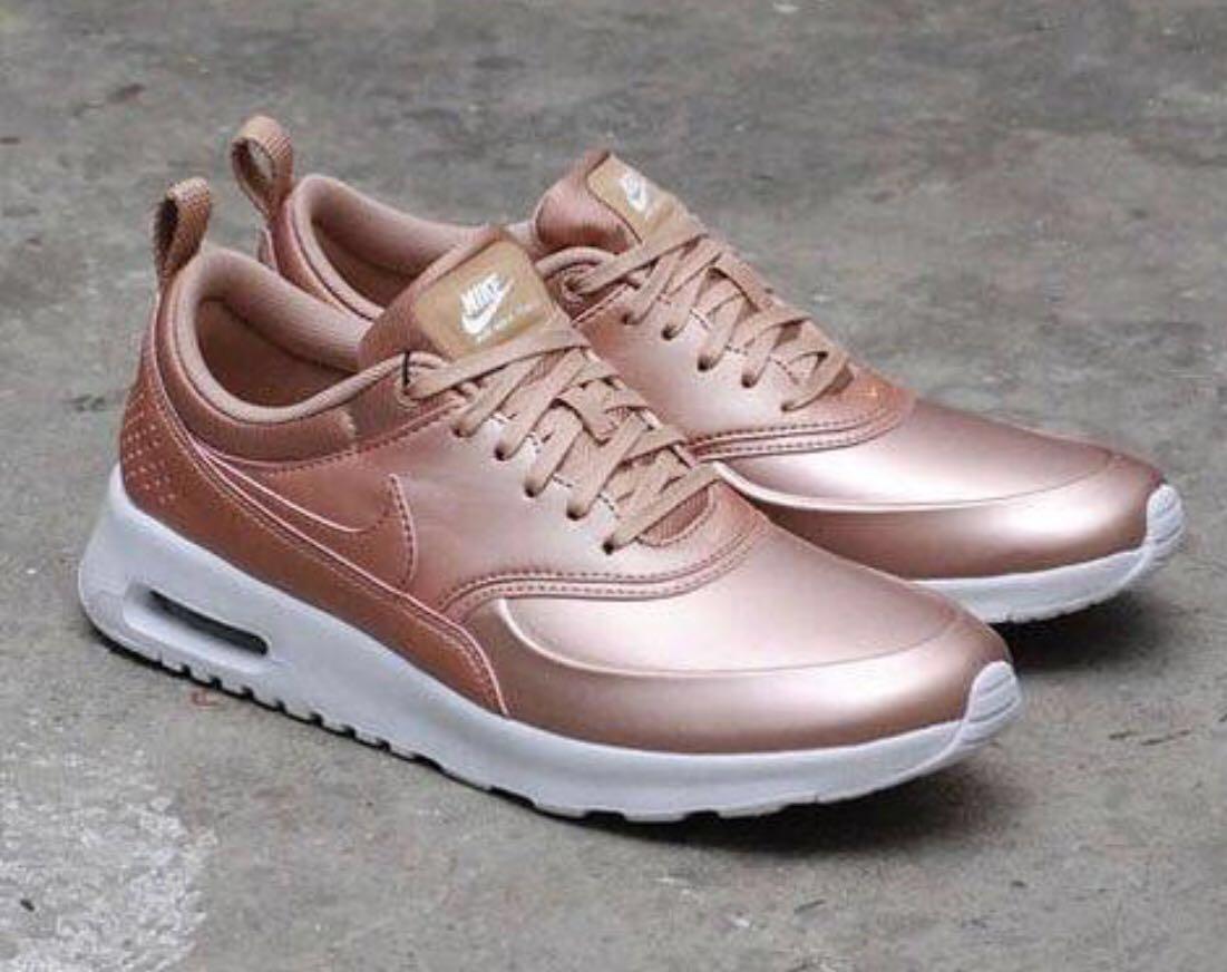 hot sale online 2ea50 d2e80 Home · Women s Fashion · Shoes · Sneakers. photo photo ...