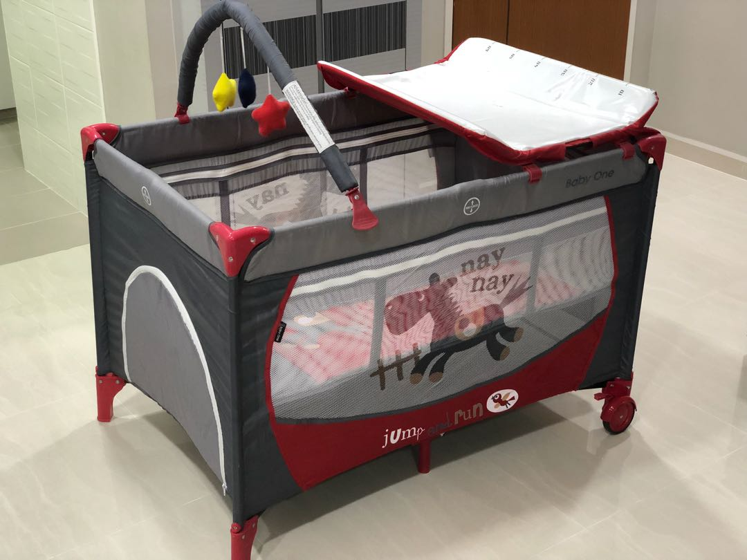 3ed636638237 Preloved Baby One playpen