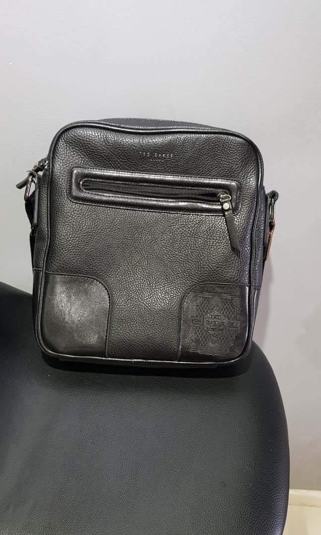 1e21c8b92796f Ted baker authentic leather messager bag