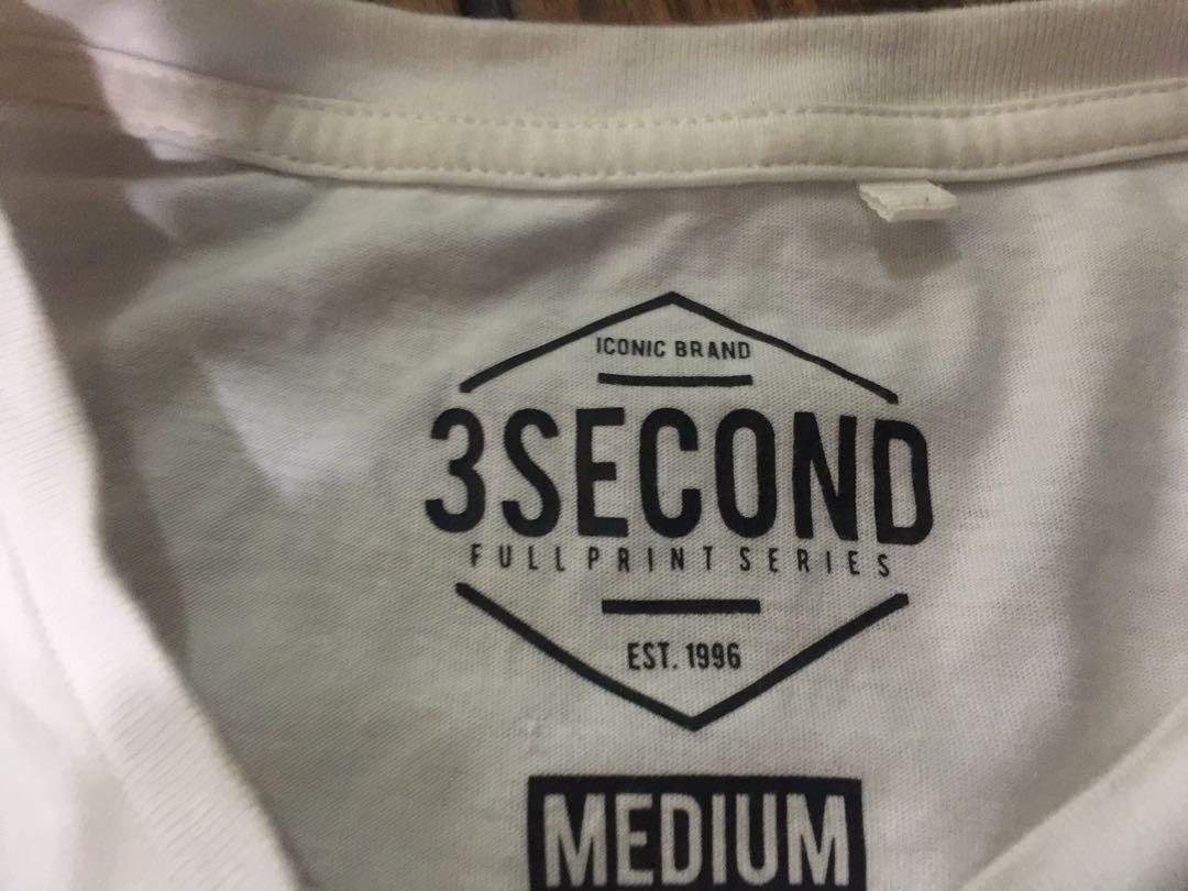 Three second Tee