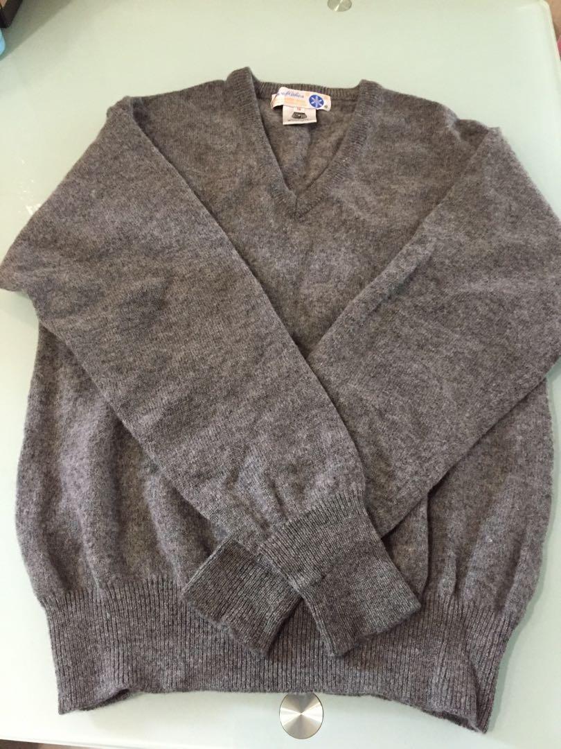 雪花牌羊毛V領外套