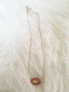 F21 Lip necklace