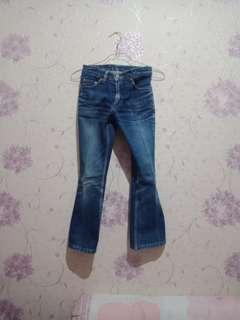 Jeans wanita / Celana jeans