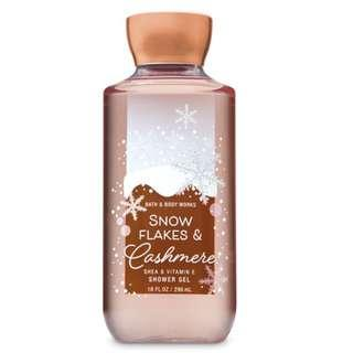 🚚 BN Bath & Body Works Signature Collection SNOWFLAKES & CASHMERE Shower Gel