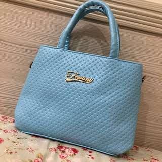 🚚 全新 天藍色雙層小包 側背包 手提包 提供肩背帶 NG價