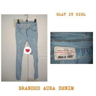 Branded Aura Denim super basic fit 🔥