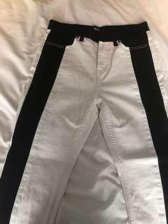 BDG white jeans with black stripe size 28