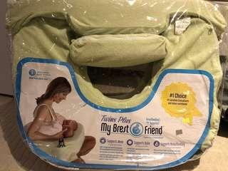 Breastfeeding pillow 餵奶枕