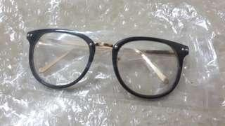 Black & Gold Frame Glasses (READY STOCK)
