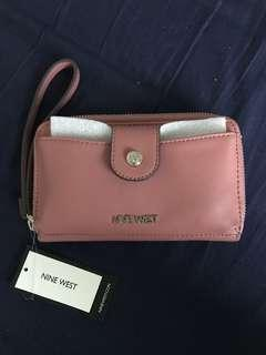Nine west phone and wallet purse