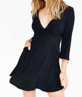 Silence + Noise black dress size 6