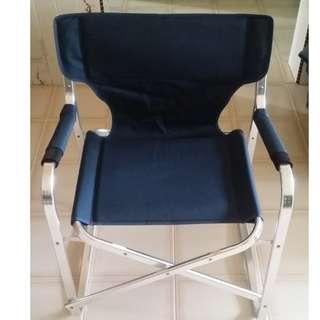🚚 Foldable medium-sized chair