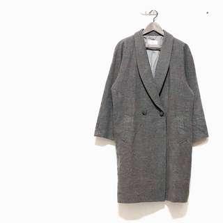 🚚 ✔️日本絕美灰毛呢翻領兩釦長版大衣外套 古着大衣 只有一件
