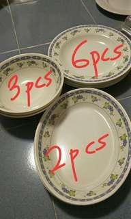 Melanine serving plates