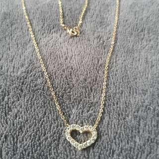 heart cubic zirconian in 18k gold plated setting non tarnished!