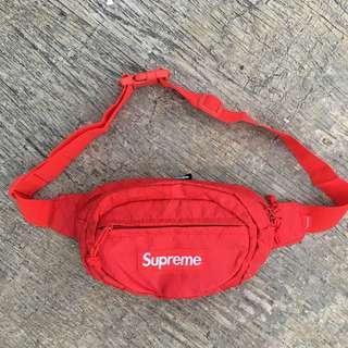 Supreme FW18 Waistbag Red