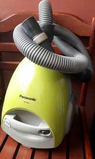 Panasonic Vacuun Cleaner MC-3920