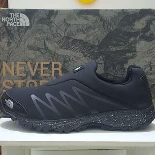Sepatu the north face Venture Memo Slip on original size 40 dan 44