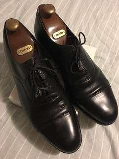 SF EXPRESS ONLY【Church's】Cap-toe leather shoes