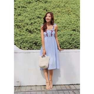 🚚 Embroidery Dress (Blue)
