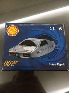 Lotus Esprit 007 editions