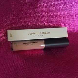 Brand new Velvet Lip Cream Matte HnM H&M Nudista