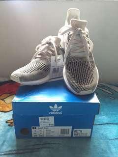 Adidas Swift Run (Brandnew - Size 8)