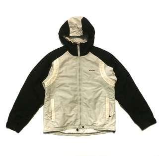 • Jaket SOS sports wear
