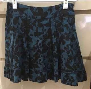 B+ab Skirt 半截裙 Very very comfortable & smooth material!👍(Size M)