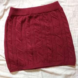 Removal sale - burgundy knitted skirt