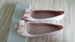 Jelly heel shoes