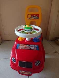 有音樂玩具車