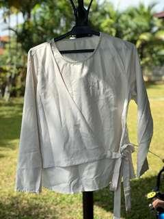 White Top/Blouse with Ribbon