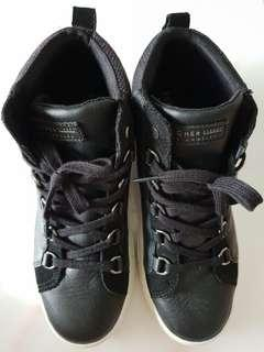 Skechers high cut leather shoes