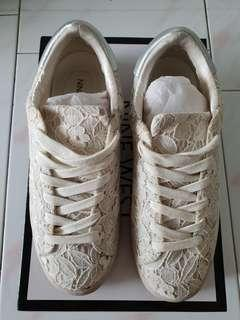 Nine West lace sneakers/ shoes