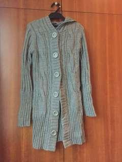 Grey Woolley snuggly jacket with hoodie