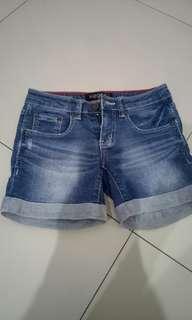 X8 Short Jeans Celana Pendek