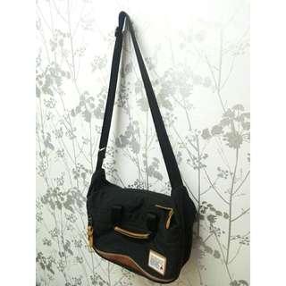 Wonderland Cordura Black Sling Bag