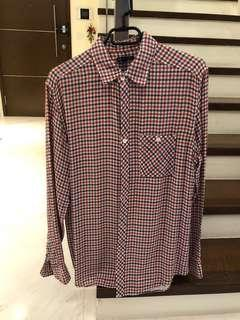 GAP checkered shirt - size M