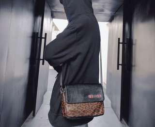 🚚 豹紋控必收款 豹紋側背小包
